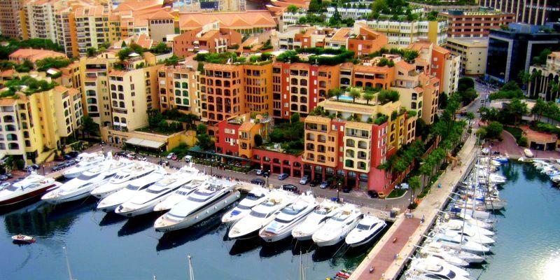 Kunstudstilling i Monaco for kampen mod kræft