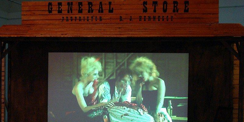 Zombie Western med bid på Århus Kunstbygning