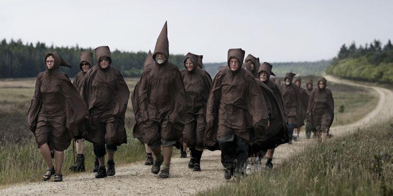 Ole Jensens munke indtager Hærvejen