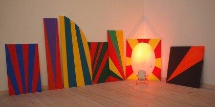 Krads og humoristisk samtidskunst i Kunstpakhuset