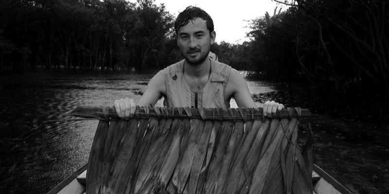Simon Fujiwara performance på Louisiana