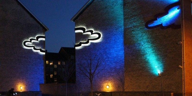 Permanent lysudsmykning ved Kastrup station