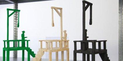 Mellem kunstværk og objekt