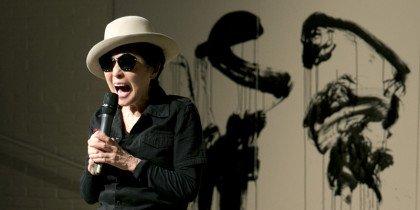 Ud af mørket med Yoko Ono