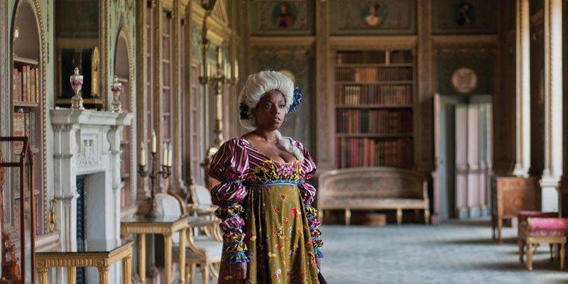 Kulturel identitet i egne skønne klæder