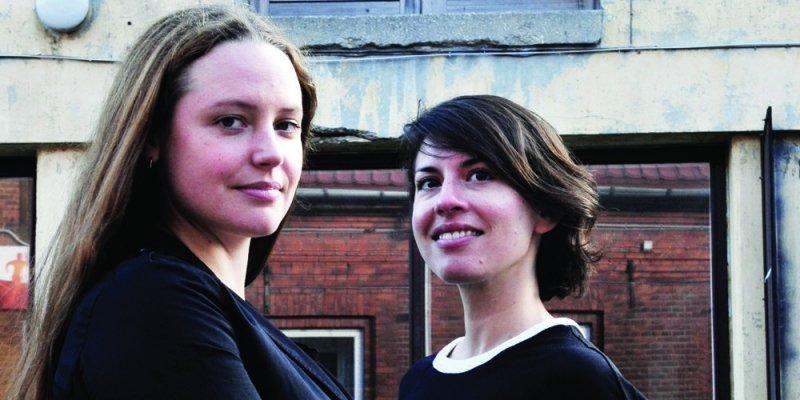 Kunstkonsulenter åbner med performances