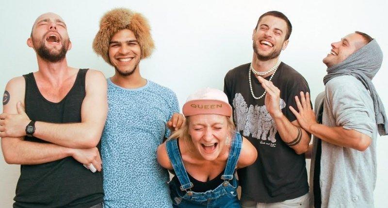 Traume og latterterapi på Cypern