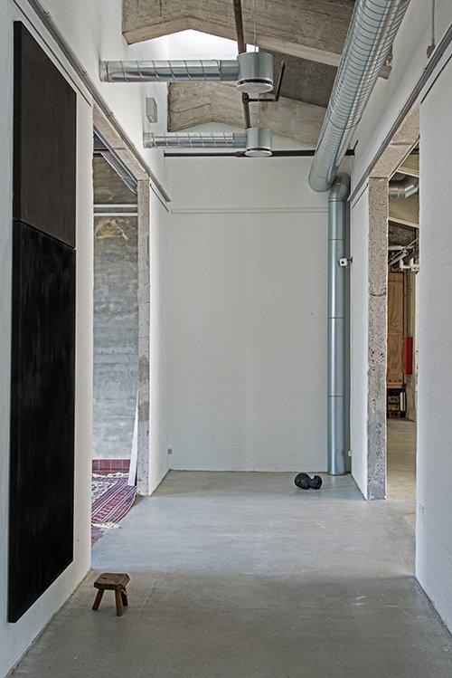 Installationsview fra udstillingen UDEN TITEL 15, Kunsthal NORD, 2015. Foto: Niels Fabæk