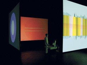 sol, 2004-05. Installationsview, ZKM Medientheater. Lavet i samarbejde med Florian Grond, Frank Halbig og Jesper Munk Jensen. Foto: Florian Grond