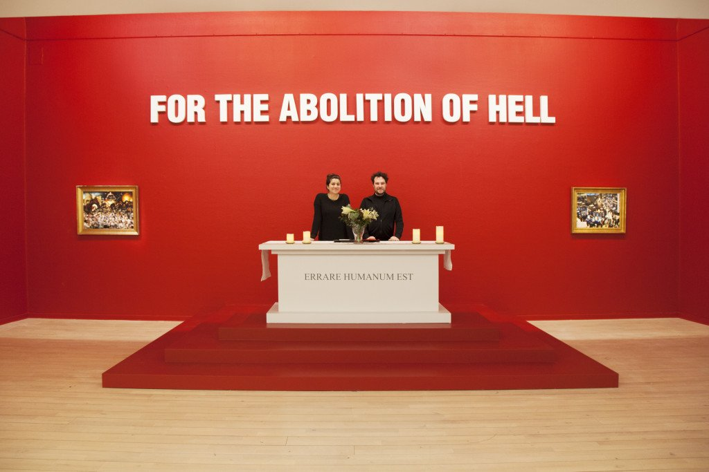 Installationsview, Etcetera: Petition to Pope Francis for the Final Abolition of Hell. (Foto: Jenny Ekholm)