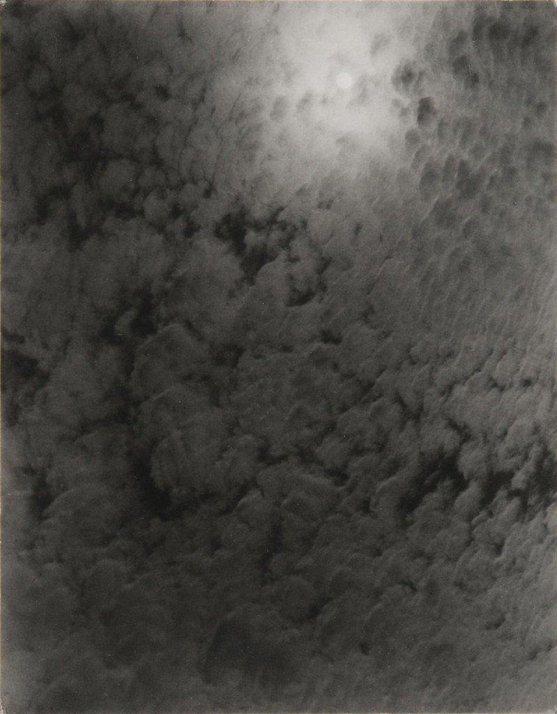 Alfred Stieglitz: Equivalent, 1926. © Alfred Stieglitz Collection, Philadelphia Museum of Art