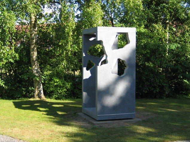 Erland Knuddssøn Madsen: Skymåler, 2004