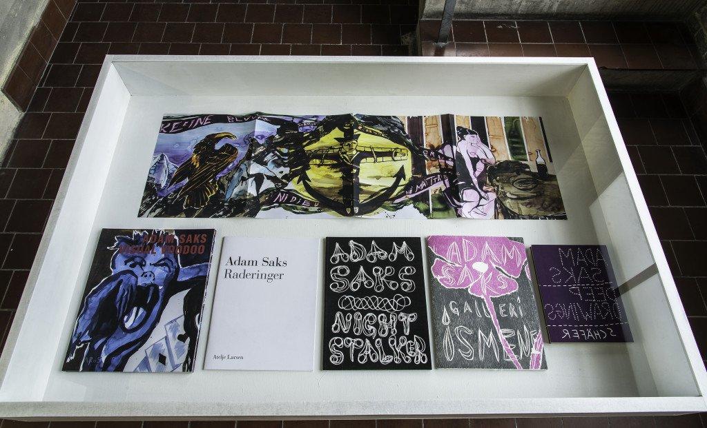 Montre med kataloger. Foto: Niels Fabæk