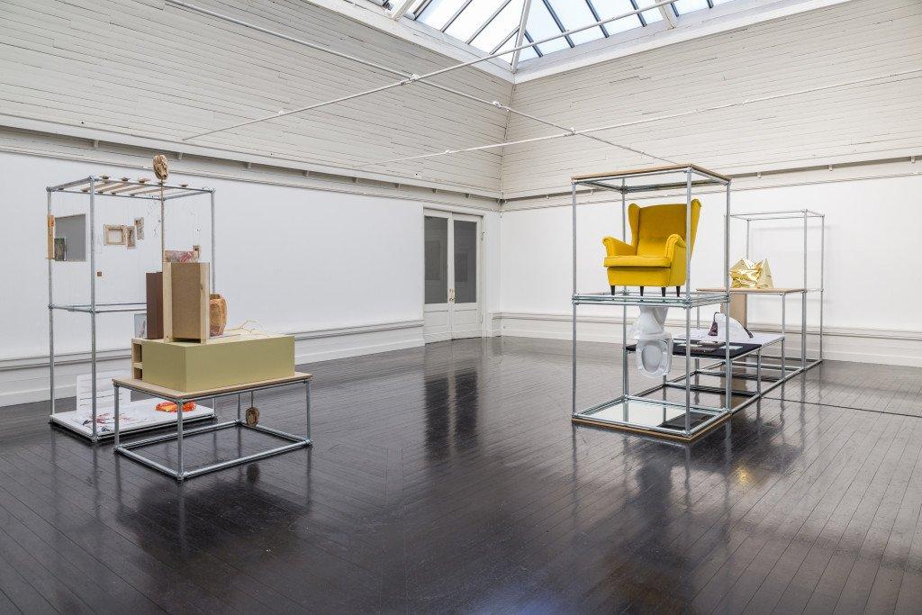 Installationsview fra Forårsudstillingen 2016. Her ses værker af bl.a. Bjørn Nørgaard, Lars Worm og Svend Danielsen. Foto: Lior Zilberstein