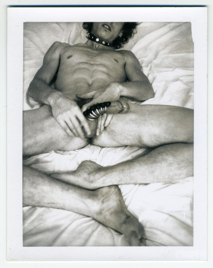 Robert Mapplethorpe: Self-portrait, ca. 1972. Polaroid. © The Robert Mapplethorpe Foundation, New York