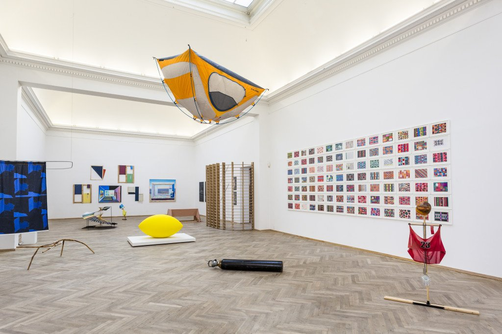 Installationsview: Forårsudstillingen 2016. Foto: Christoffer Askman