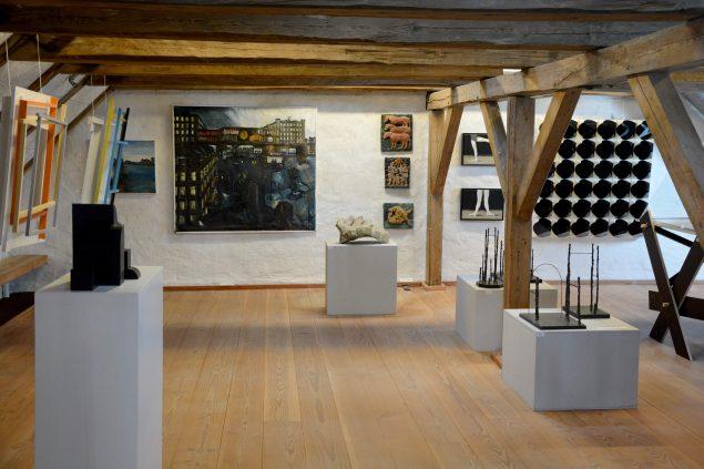 Udstillingsview af den permanente udstilling fra Hobrto Kunstsamling. Pressefoto.