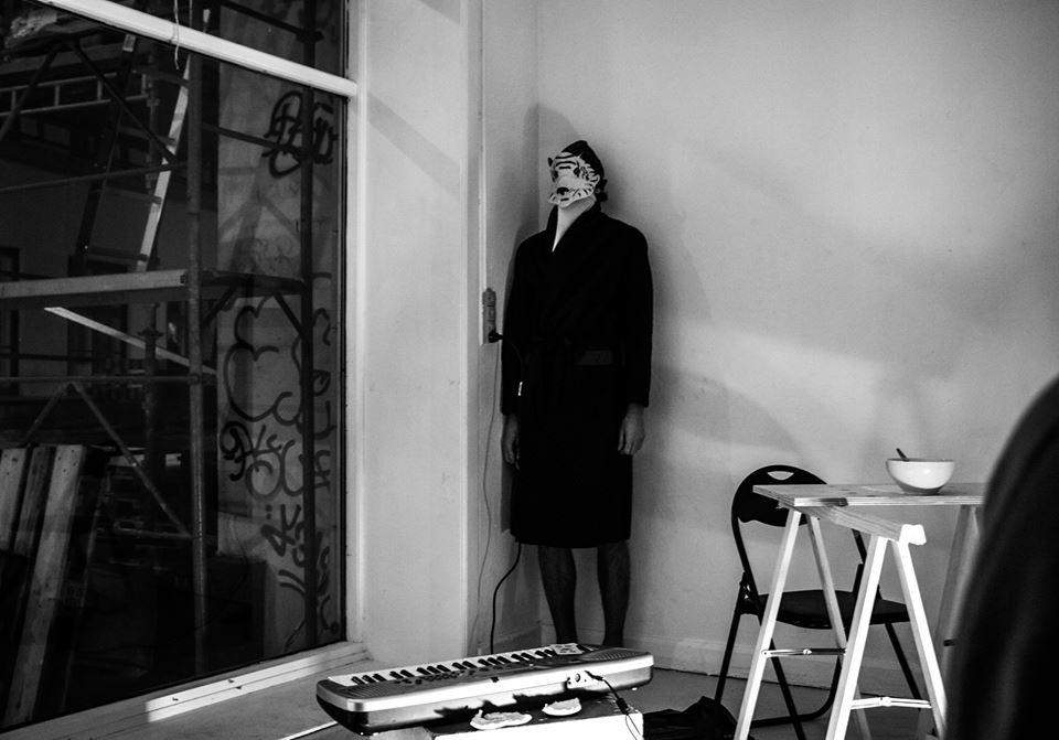 performanceRUM: Performance af billedkunstner Søren Krag. Foto: Mariana Gil