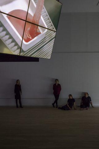 Installationsview, Ed Atkins: Safe Conduct. Foto: Torben Eskerod