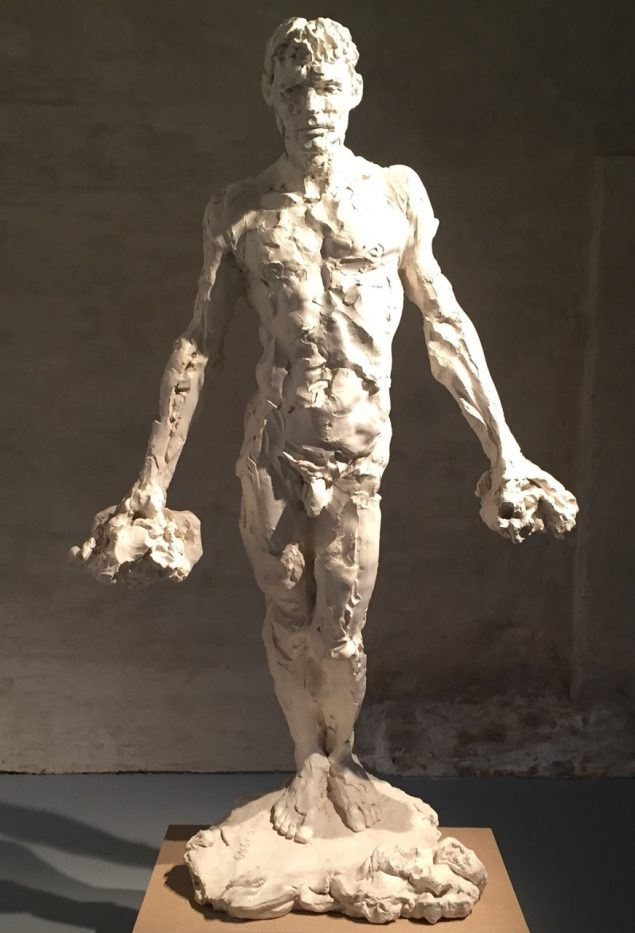 Manden med leret, 1989. Foto: Hans Pauli Olsen