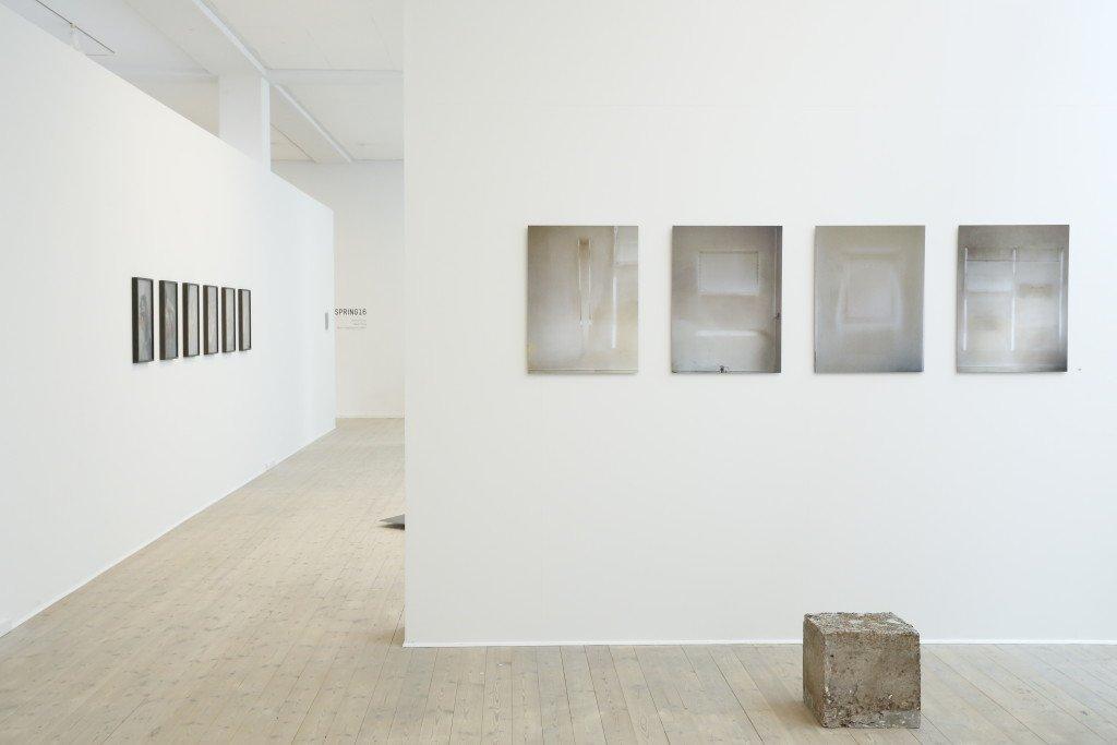 Installationsview: Kunstnernes Påskeudstilling, 2016, Kunsthal Aarhus. Foto: Kunsthal Aarhus