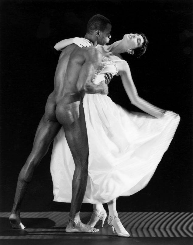 Robert Mapplethorpe: Thomas and Dovanna, 1986. © Robert Mapplethorpe Foundation