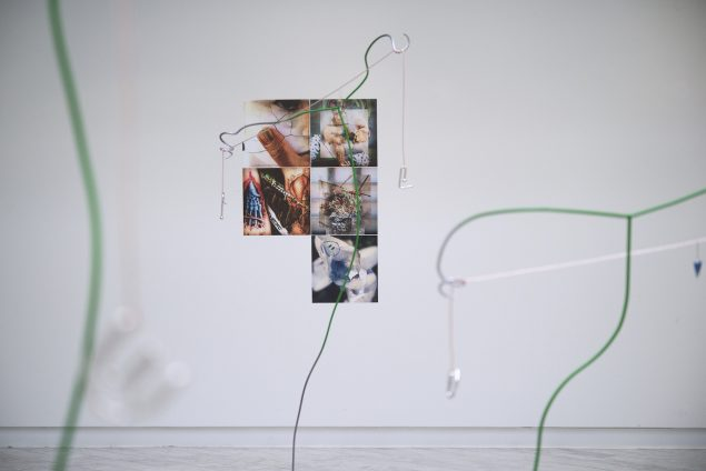 Uffe Isolotto: New Age Headache, 2016. Udsnit af udstillingen. Foto: Tranen