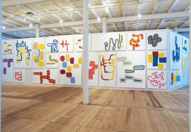 22. Installationsview fra udstillingen __Farvevolume__ Kunsthallen Brandts Klædefabrik, 1999. Olie på lærred. Foto: Milena Bonifacini