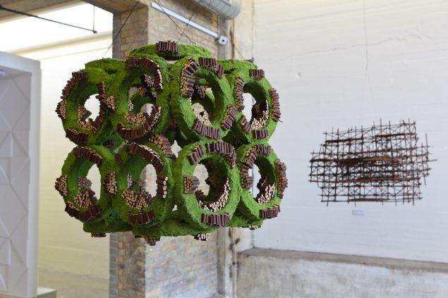 Installationsview fra udstillingen Fra nu af kan det kun blive bedere. For vi kan hvad vi vil, og vi vil det, 2012, Kunsthal Nord, Aalborg. Foto Niels Fabæk