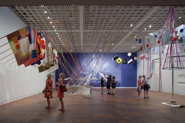 Installationsview fra Poul Gernes – Jeg kan ikke alene, vil du være med?, 2016, Louisiana. Foto: Poul Buchard/Brøndum & Co. Credit: Louisiana Museum of Modern Art