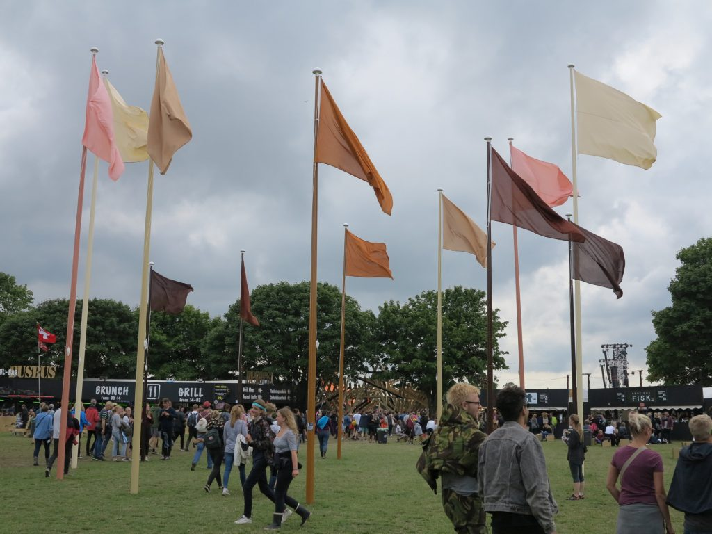 Hesselholdt & Mejlvang: Native, Excotic, Normal / Circle of Flags. Foto: Jenny Selldén