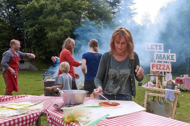 Lets Make Pizza på LANDSHAPE festival 2016 i Blokhus. Festivalens gæster kunne bage pizza sammen under alle tre festivaldage. Foto: Poul Nymark