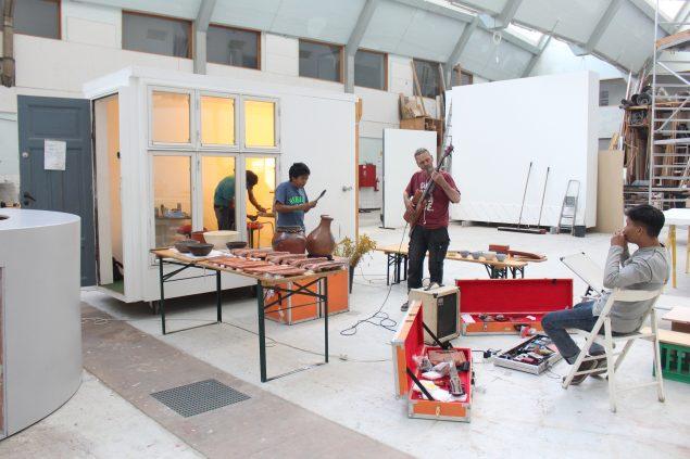 Performance af Jatawangi Art Factory på Fabrikken