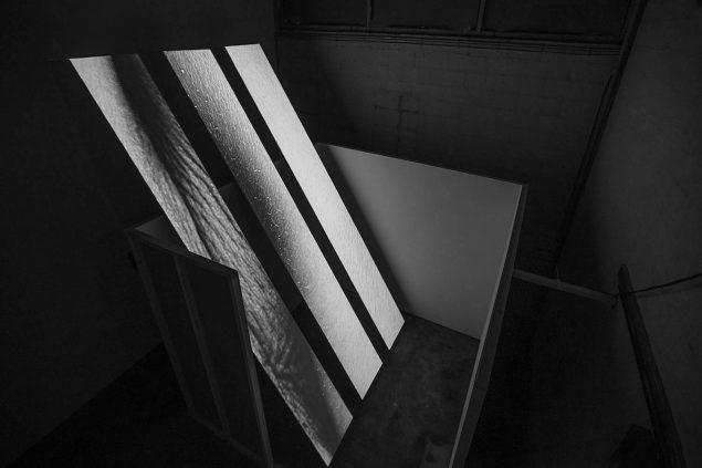 Installationsview fra BETONs nuværende udstilling as is med Katja Bjørn. Foto: Ole Jakobsen