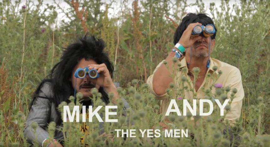Når politisk kunst gør en lille forskel – The Yes Men på Roskilde Festival
