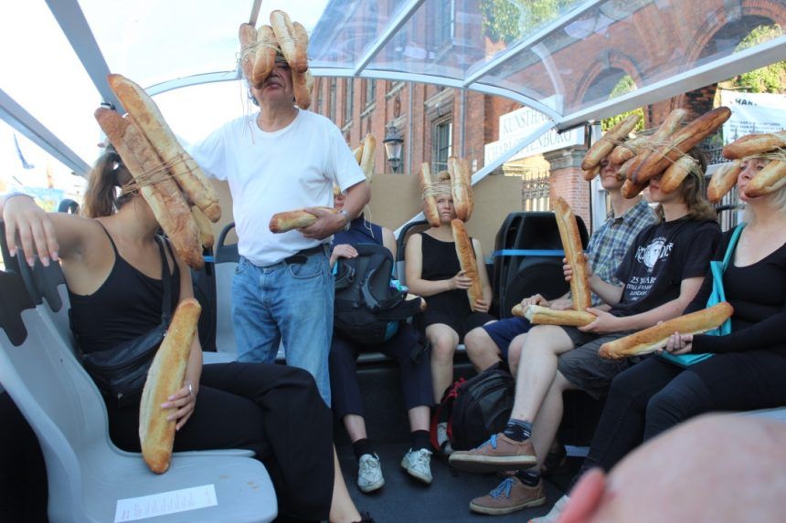 Copenhagen Art Weekend i gang med kunst, franskbrød og kærlighed