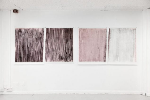 Mirrored Translations, Monotype - pap højprint, 2013. Olie på dobbelt lag af rispapir. 105 x 365 cm. Fra gruppeudstillingen Scenery, &Model, Leeds, UK, 2013. Foto: David Stjernholm