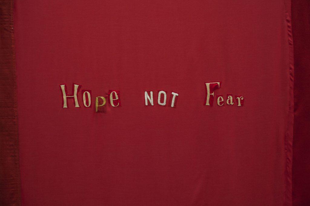 Hesselholdt & Mejlvang: Hope NOT Fear (detalje), Arbejdermuseet, 2016. Courtesy Hesselholdt & Mejlvang. Foto: Lars Arnfred Fynboe