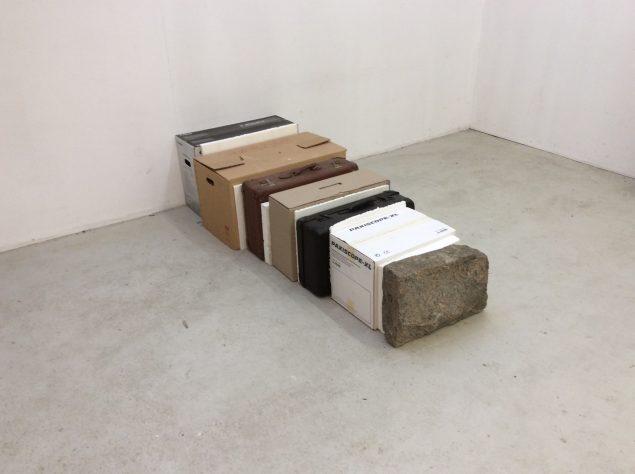 Boxarkiv, 2015. 182 x 45 x 71 cm. Foto: Finn Reinbothe