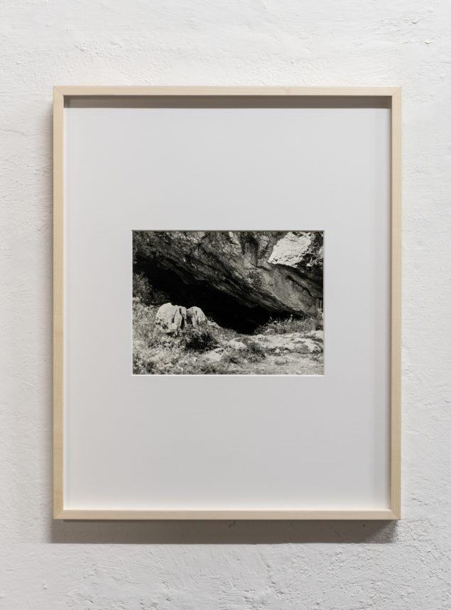 Christan Bang Jensen: Corycian Cave II, 2016. Silver gelatine print. Foto: David Stjernholm
