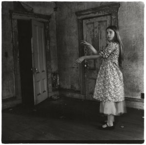Francesca Woodman: Om at være en engel (On Being an Angel)