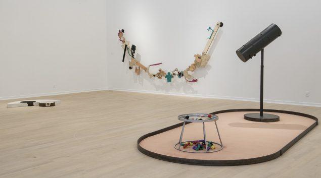 Installationsfoto fra udstillingen BANG – Thomas Bang i Esbjerg Kunstmuseums samling, 2016. Foto: Esbjerg Kunstmuseum/Torben E. Meyer
