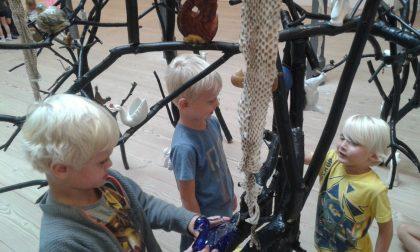 Formidling af voksenkunst i børnehøjde