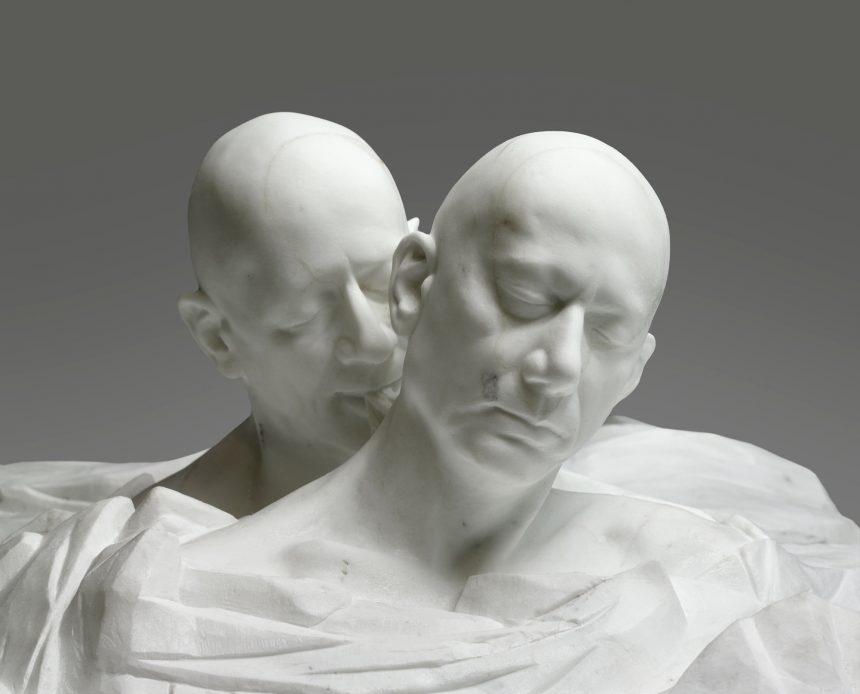 Gåsehud og kold marmor