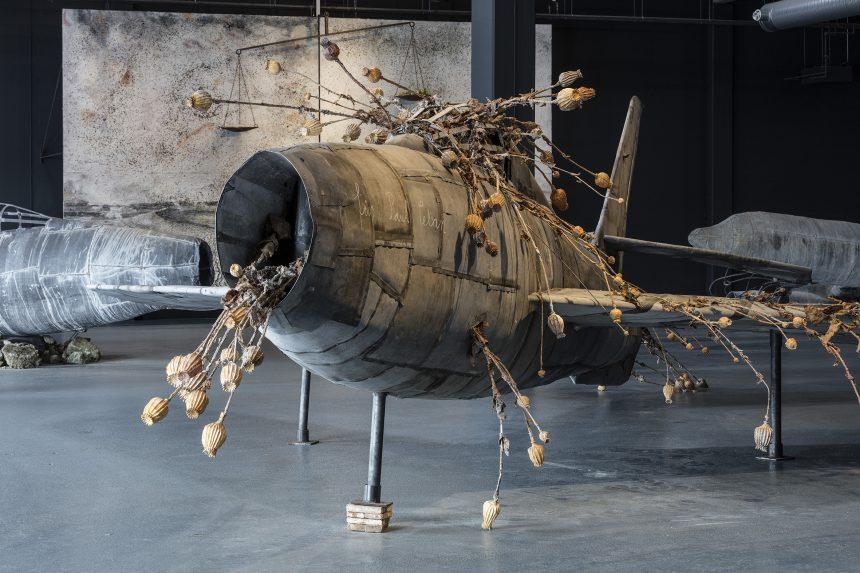 Blytung flysuite letter med et poetisk drøn