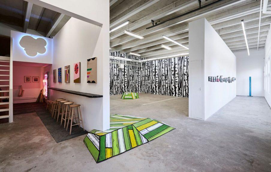 David Risley Gallery lukker