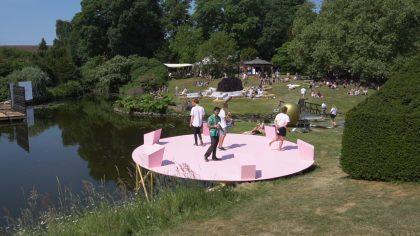 Heartland x kunsten.wp.stage.ng.peytz.dk: Lyse stemmer og prekære forhold