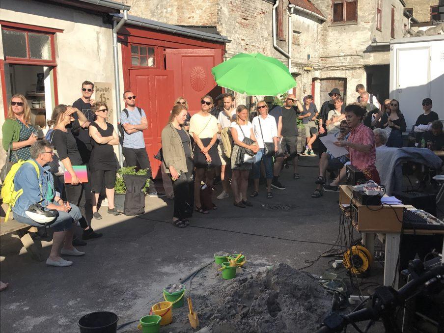 Astrid Noacks Atelier, The Hello/Goodbye Party Project. Foto: Joakim Berg Villumsen.