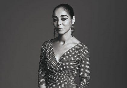 """Shirin Neshat: """"Vi har brug for, at kunstnerne gør oprør"""""""