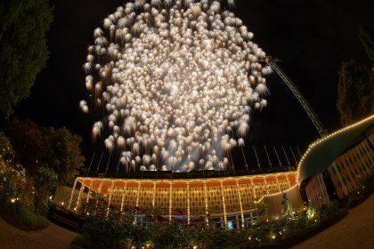 Billedkunstner skaber fyrværkerishow i Tivoli